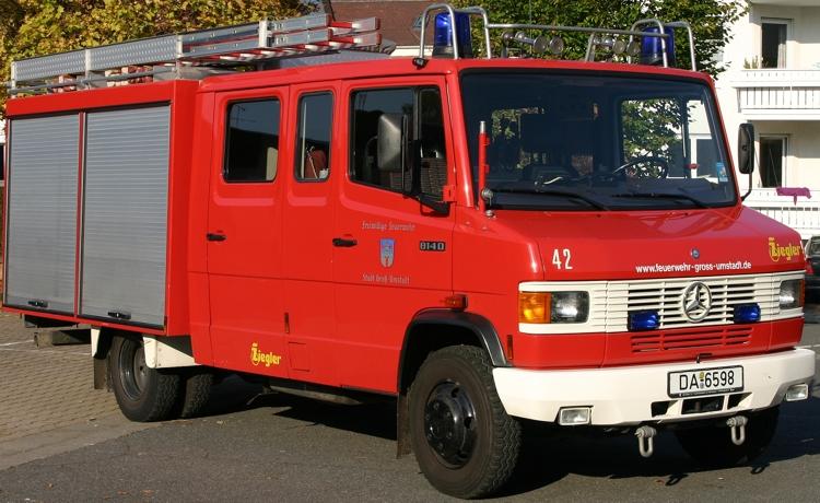 Löschgruppenfahrzeug (LF 8/6)